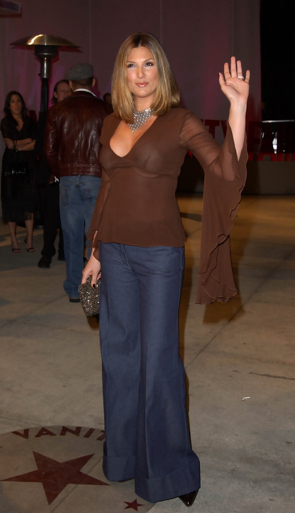 Daisy Fuentes 2002 Misguided Moments In Oscar Fashion