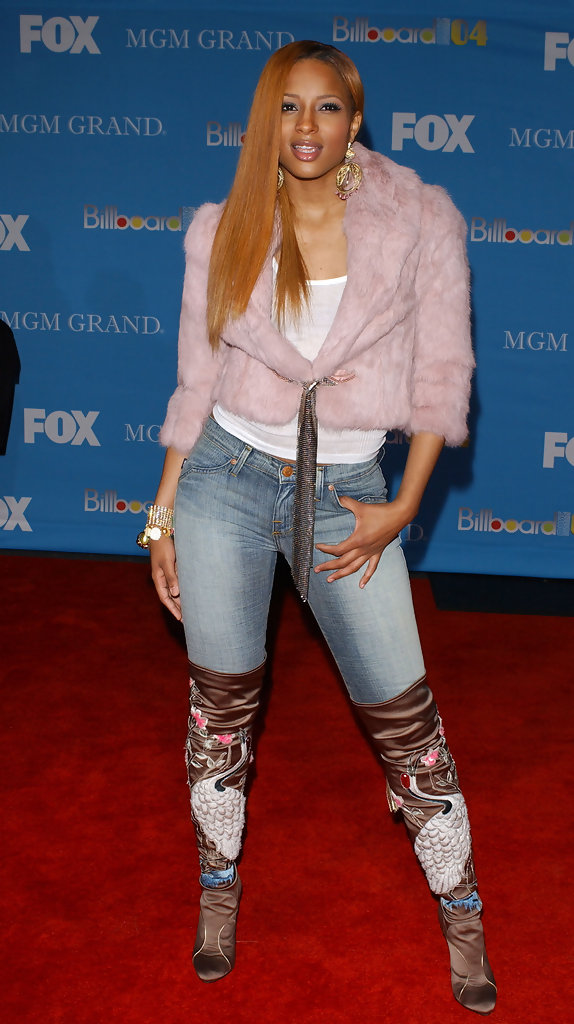 2004 Billboard Music Awards - Arrivals.MGM Grand Hotel, Las Vegas, Nevada.December 8, 2004.