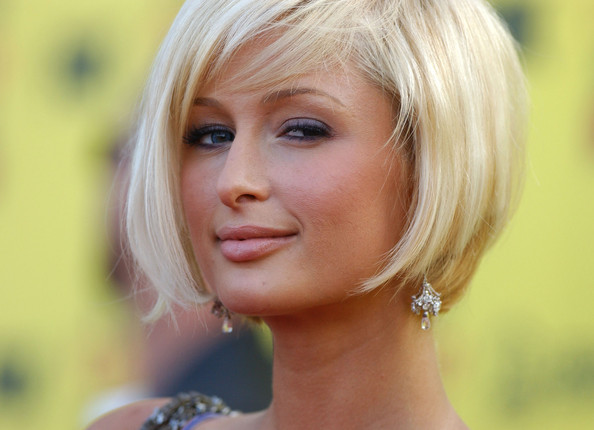 L Hairstyles For Short Hair: More Pics Of Paris Hilton Short Side Part (1 Of 12