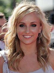 Nastia Liukin wore a pair of pretty hoop and gem drop earrings at the 2009 ESPY Awards.