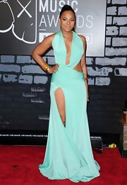 Ashanti's sea foam green draped dress showed strategic patches of skin for a super sexy look at the VMAs.