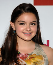 Ariel Winter got all dolled up at the 22nd Annual GLAAD Media Awards wearing dangling gemstone earrings.
