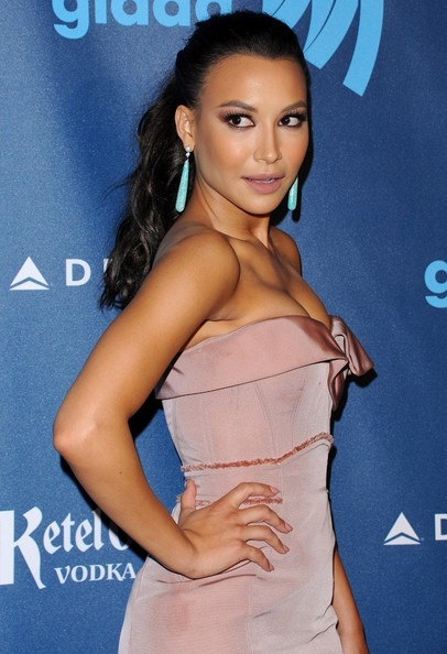 More Pics of Naya Rivera Nude Lipstick (1 of 9) - Nude Lipstick Lookbook - StyleBistro