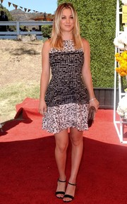 Kaley Cuoco donned a breezy black-and-white speckled dress for the Veuve Clicquot Polo Classic.
