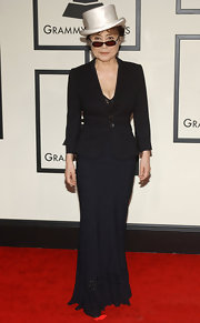 Yoko Ono Flaunted her hourglass shape in a fitted black blazer with two oversized buttons at the 50th Annual Grammy Awards.
