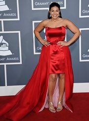 Jordin Sparks' red Grammy gown revealed strappy silver stilettos.