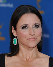 Julia Louis-Dreyfus complemented her dark dress with a gorgeous pair of dangling turquoise and diamond earrings when she attended the Emmys.