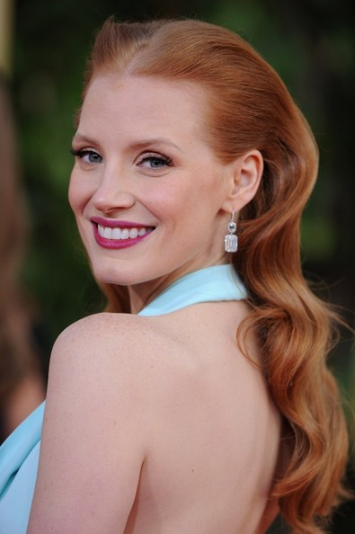 More Pics of Jessica Chastain Bright Lipstick (1 of 19) - Jessica Chastain Lookbook - StyleBistro