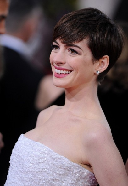 More Pics of Anne Hathaway Pixie (4 of 13) - Anne Hathaway Lookbook - StyleBistro