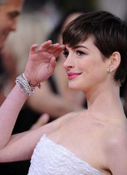 More Pics of Anne Hathaway Pixie (8 of 13) - Short Hairstyles Lookbook - StyleBistro