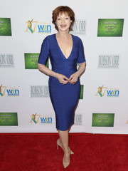 Frances Fisher put younger women to shame when she wore this deep-V blue bandage dress to the Women's Image Awards.