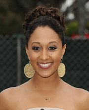Tamera Mowry chose smoky eye makeup for the Elizabeth Glaser Pediatric AIDS Foundation's 'A Time For Heroes.'