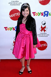 Bailee Madison topped her dress with a cropped velvet jacket.