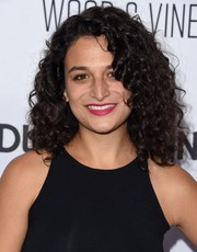 Jenny Slate sported voluminous, tight curls at the 'Adult Beginners' premiere.