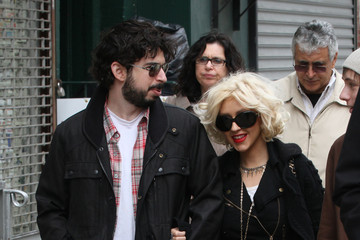 Christina Aguilera Jordan Bratman Chrstina Aguilera Shops with Family 2