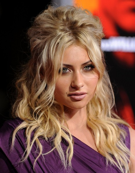 Alyson Michalka Hair