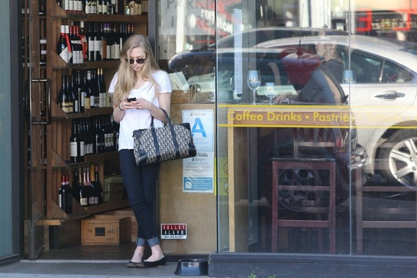Amanda Seyfried Goes to Lunch