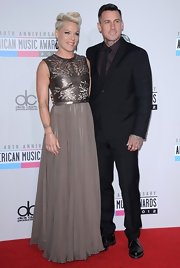 Carey Hart really cleaned up for the 2012 American Music Awards. He wore an elegant black suit and sported a neat slicked-back 'do.