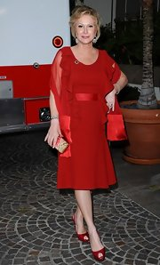 Kathy Hilton looked fiery all the way down to her red peep-toe pumps.
