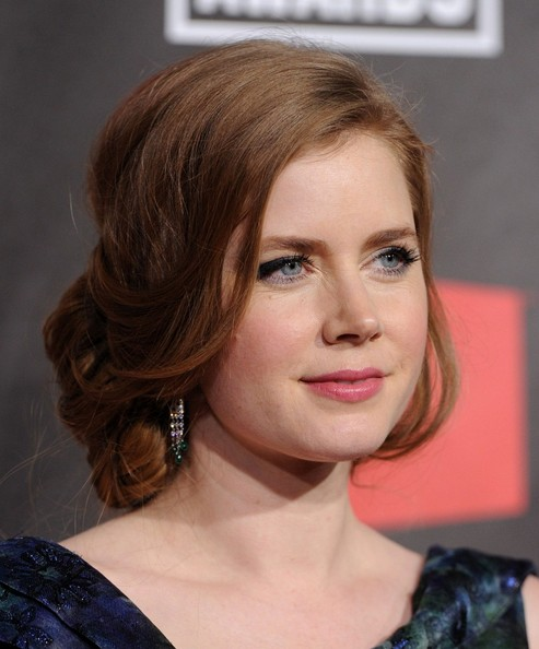 loose bun wedding hair. Amy Adams Loose Bun