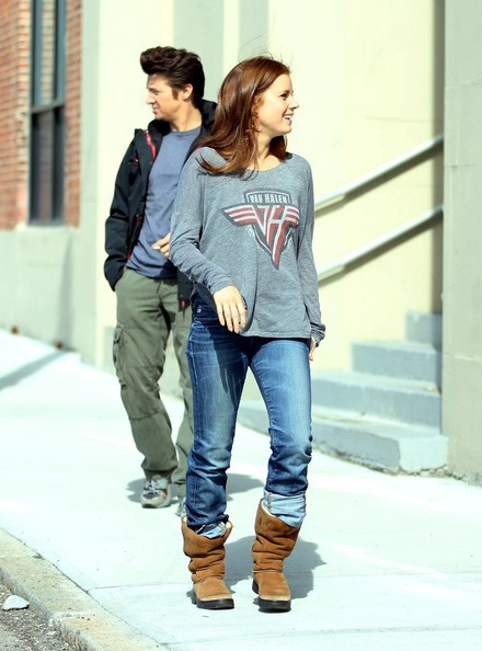 More Pics of Amy Adams Long Sleeve T-Shirt (1 of 13) - Amy Adams Lookbook - StyleBistro