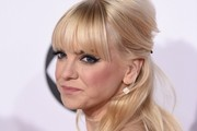 Anna Faris Half Up Half Down