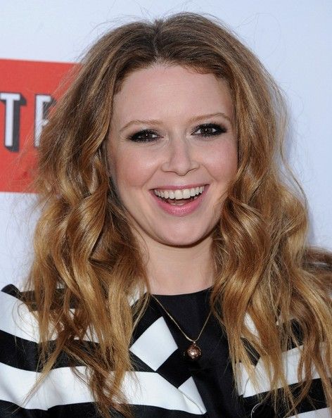 More Pics of Natasha Lyonne Long Wavy Cut (1 of 5) - Natasha Lyonne Lookbook - StyleBistro