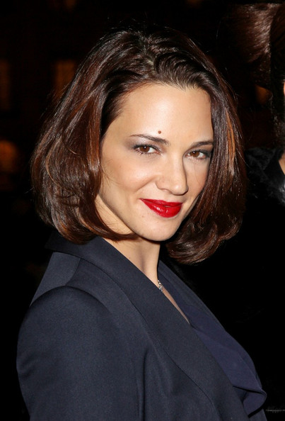 Asia Argento looked chic with her med-length bob at the Armani event.