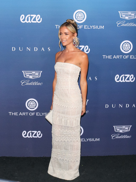 More Pics of Kristin Cavallari Strapless Dress (5 of 10) - Dresses & Skirts Lookbook - StyleBistro []