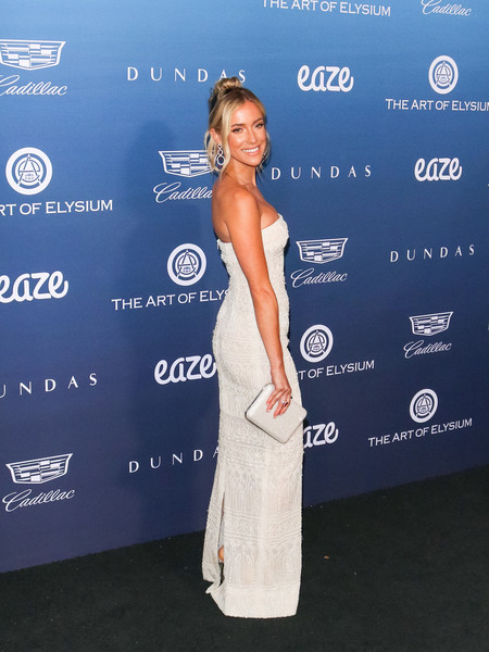 More Pics of Kristin Cavallari Strapless Dress (1 of 10) - Dresses & Skirts Lookbook - StyleBistro []