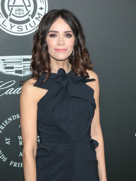 More Pics of Abigail Spencer Evening Dress (1 of 5) - Dresses & Skirts Lookbook - StyleBistro
