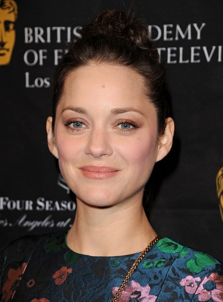 More Pics of Marion Cotillard Evening Dress (1 of 8) - Marion Cotillard Lookbook - StyleBistro