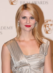 Claire looked sensational while hitting the red carpet at the BAFTA Awards. Her red lipstick and blonde locks made for a killer combo.