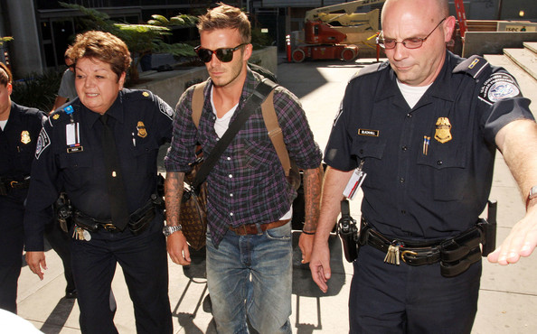 More Pics of David Beckham Wayfarer Sunglasses (4 of 5) - David Beckham Lookbook - StyleBistro