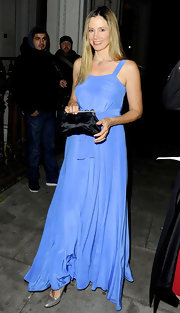 Mira Sorvino looked oh-so-lovely in her flowy blue evening dress at the Beulah Blue Heart Campaign launch.