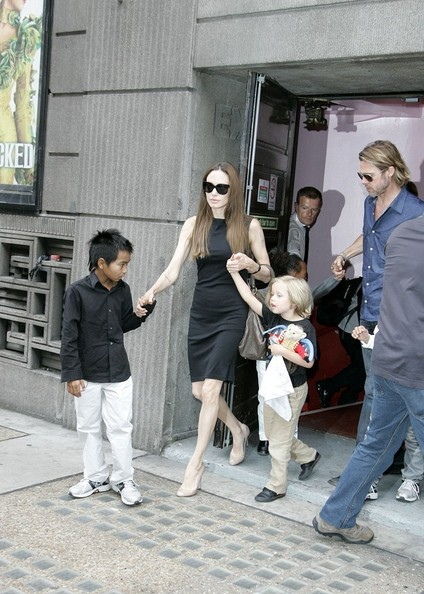 Angelina Jolie and Family Enjoy a Day Out