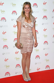 Holly Branson paired her dress with gray suede wedges at an anniversary party.