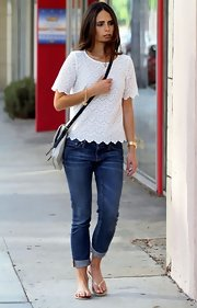 Jordana Brewster looked summery in a boxy-cut white lace top.