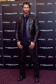 Ever the bad boy, Gerard Butler chose a totally edgy leather for his look at the 'Olympus Has Fallen' photo call in Italy.