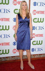 Lisa Kudrow's silky blue cocktail dress at the CBS TCA party was elegant in its simplicity.