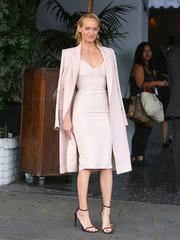 Amber Valletta looked enviably svelte in a form-fitting pale-pink dress by Victoria Beckham at the CFDA/Vogue Fashion Fund show.