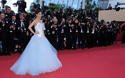 Li Bing Bing looked like a couture bride in a tulle clad evening gown at the Cannes Film Festival.