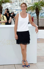 Cecile De France paired this frilly skirt with a simple white tank. It was an easy breezy look!