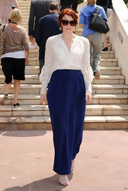 Bryce went for a sophisticated look in a high-waisted blue velvet maxi skirt for the Cannes Film Festival.