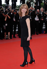 Isabelle Huppert chose a classic ensemble for the premiere of 'The Princess of Montpensier'--an LBD and simple black pumps.