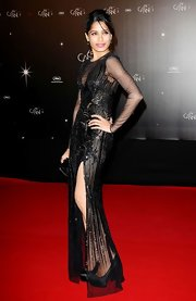Freida Pinto vamped it up in this black beaded gown at the Cannes Film Festival opening night dinner.