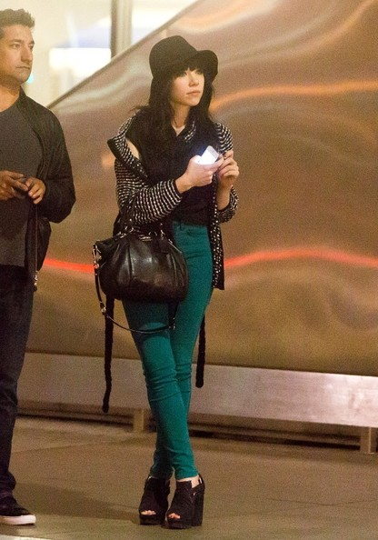More Pics of Carly Rae Jepsen Skinny Jeans (1 of 32) - Carly Rae Jepsen Lookbook - StyleBistro
