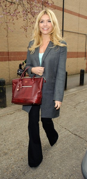 More Pics of Holly Willoughby Wool Coat (1 of 4) - Holly Willoughby Lookbook - StyleBistro