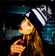 Nina Agdal went for a hip-hop vibe with this knit beanie.