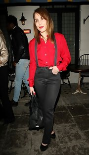 Noomi Rapace took a fashion risk with these high-waisted black jeans at the Chales Finch BFI dinner.